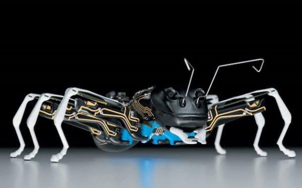 Роботы-насекомые от Фесто