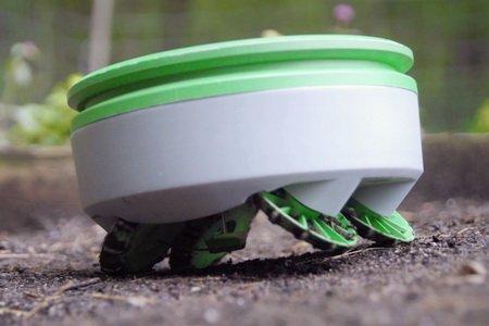 Робот-киллер Tertill для борьбы с сорняками