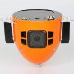 Свободно падающий робот-камера для съемки парашютистов